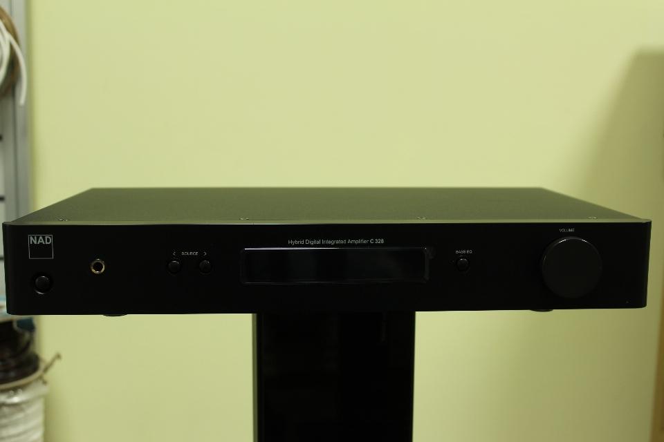 Стереоусилитель NAD C328